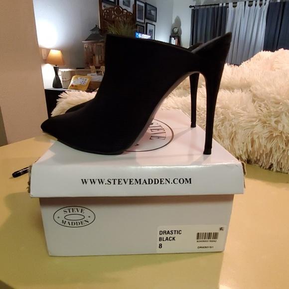Steve Madden Shoes - Steve Madden Darlene Drastic Black Mule Pump